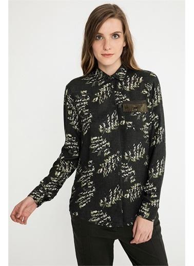 Cep Detaylı Desenli Gömlek-Just like you